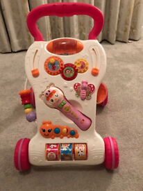Music walker for sale. To aid children for the first steps....