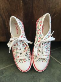 Brand new Cath Kidston pumps, size 7