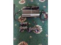 PS3 console + 3 controllers + hdmi gold