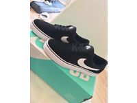 Nike satire trainers size 5.5 (38.5)