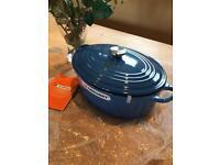Le Creuset Oval 28cm large Casserole pot /pan NEW HG3 Marseille Blue