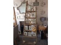Beautiful Ladders and Table Centres suitable for any wedding.