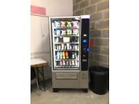 Crane Merchant Media 4 vending machine