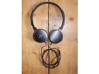 Audio Technica ATH-ES55 Headphones   Black   On Ear   Excellent Condition   With Carry Case