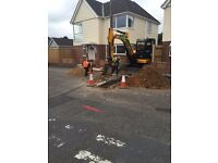 MINI DIGGER, OPERATOR & GROUND WORKERS FOR HIRE