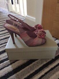 Ladies heeled peep toe sandal shoe