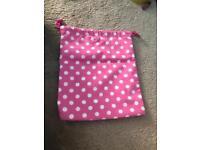 Waterproof pink polka dot drawstring toiletry bag