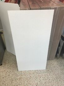 5 boxes of 10 white ceiling tiles 1200x600x14mm