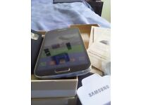 Samsung s4 i9505 like new bundle