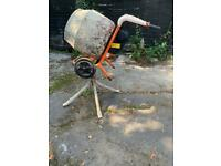 Mower. Belle 150 110 volts electric cement mixer