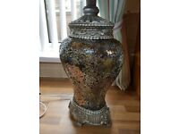 Cracked glass/mosaic lamp