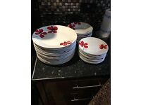 Dunelm mill kitchen plate set 46 peice