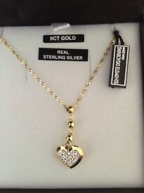 9ct Gold and Swarovski Heart Neckalce