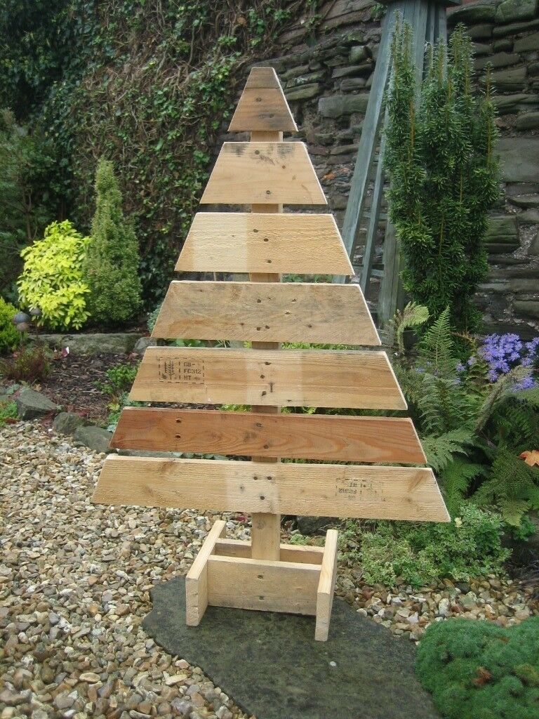 Pallet Wood Christmas Tree.Wooden Christmas Tree Handmade From Reclaimed Wood Pallets Approx 39 Inches High In Cinderford Gloucestershire Gumtree