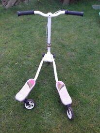 Fliker scooter