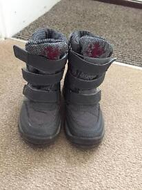 (Next brand)Boys Snow Boots SIZE 7 (toddler) £5