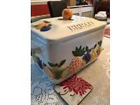 Ray ware fruit ceramic bread bin