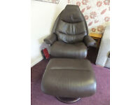 EKORNES STRESSLESS RECLIINER CHAIR WITH FOOTSTOOL SIZE LARGE