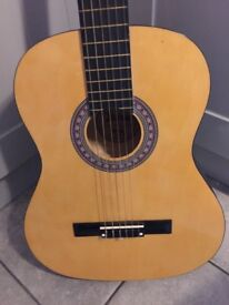Lauren 100 N Classical Acoustic Guitar.