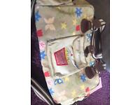 Yummy mummy changing bag VGC 😊