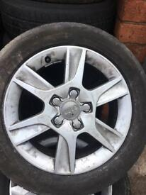 Audi alloy weel