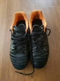 Boys Nike Football Boots Size 3.5