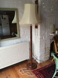 Lovely floor lamp with shade, no space for it in my house!!