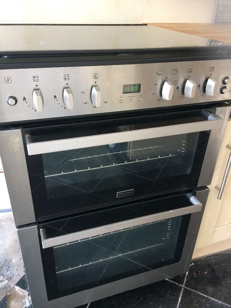 Stoves Gas Fan ovenin West Heath, West Midlands - Gas fan assisted oven, under 3 years old, immaculate condition, full working order. 4 gas burners, top oven can be used as a grill or an extra oven. Bottom oven can be with or without the fan. Grill/top oven comes with a baking/grill tray. Collection...