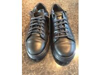 DR MARTENS IN AMAZING CONDITIONS ONLY ONLY £24!!!! SIZE 10