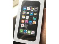Iphone 5s space grey, 16GB on vodafone unopened