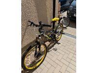 """Apollo Frenzy Boys Mountain Bike 24"""""""