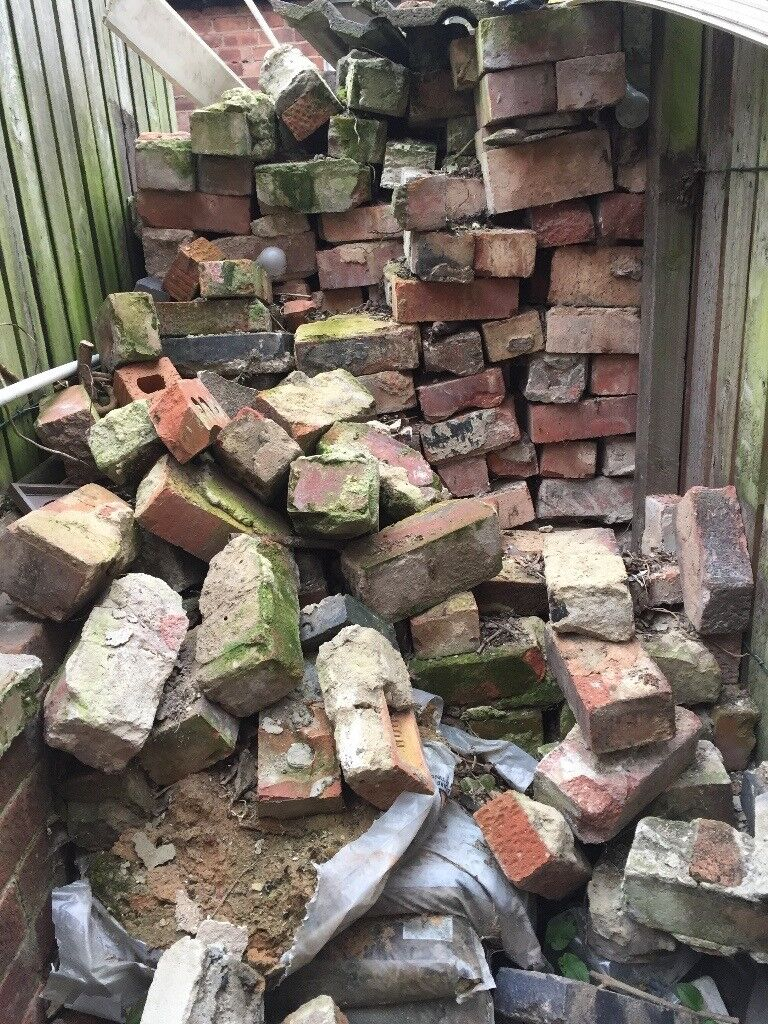 Free Reclaimed Bricks