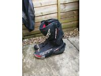 RST track tech evo boots size 9