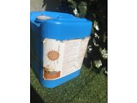 £80 spray tanning tan liquid lotion California tan approx 3 gallons