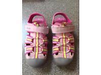 Girls Clarks Doodles Sandals size 10.5