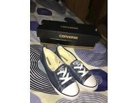 Ladies size 6 converse shoes