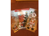 8 PACKS CHRISTMAS WINDOW CLING DECORATIONS-EX COND