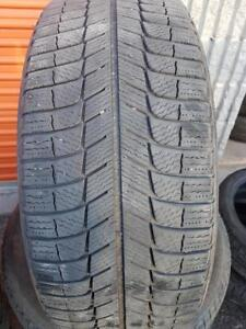 4 PNEUS HIVER - MICHELIN 235 55 17 - 4 WINTER TIRES