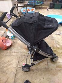 Quinny Zapp Xtra, incl rain over, cup holder.