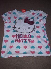 Heart print hello kitty tshirt