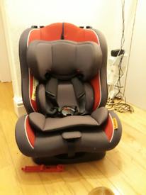 Halfords 0/1/2 Child Car Seat