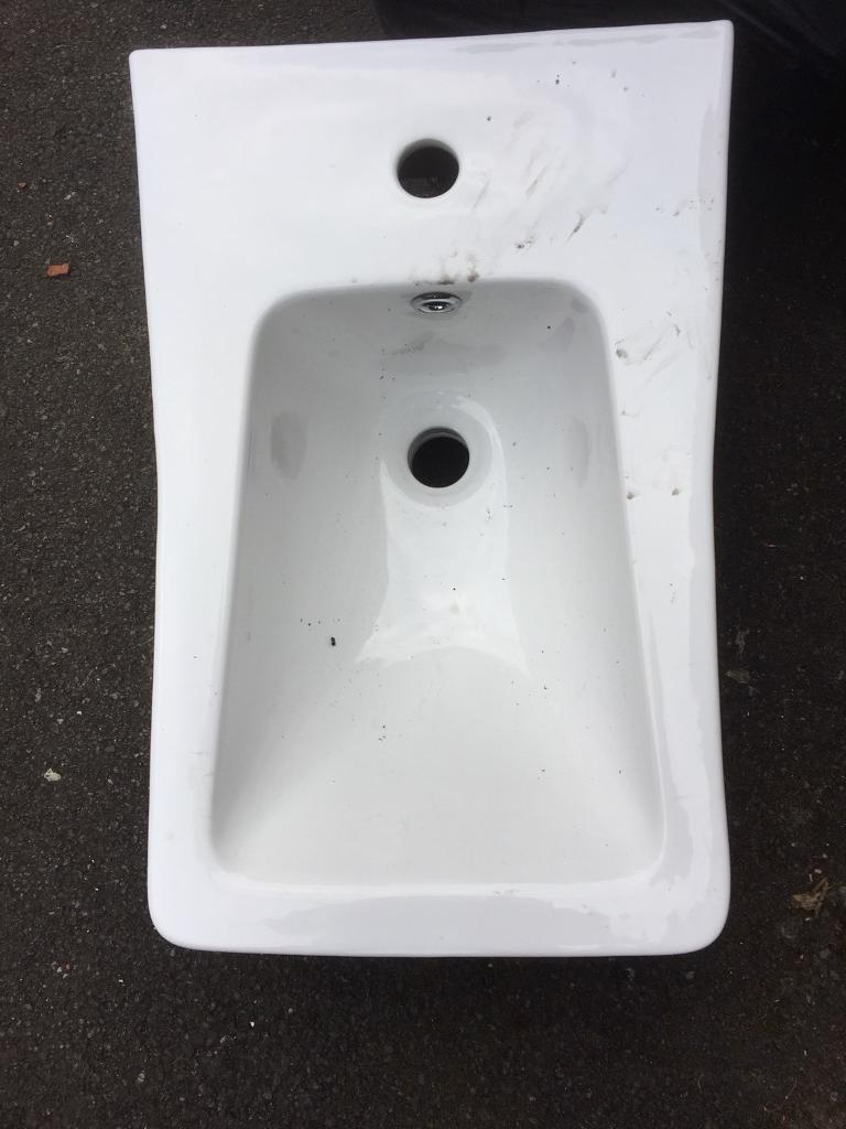 Bathroom Sinks Gumtree small sink for a small tite space brand new £25 bargain cost £169