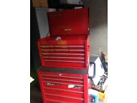 snap on top and bottom box