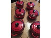 Set of 6 small pots £20