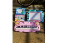 Princess piano with painting desks