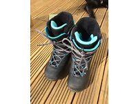 Ride Deuce Series Snowboard Boots UK SIZE 9