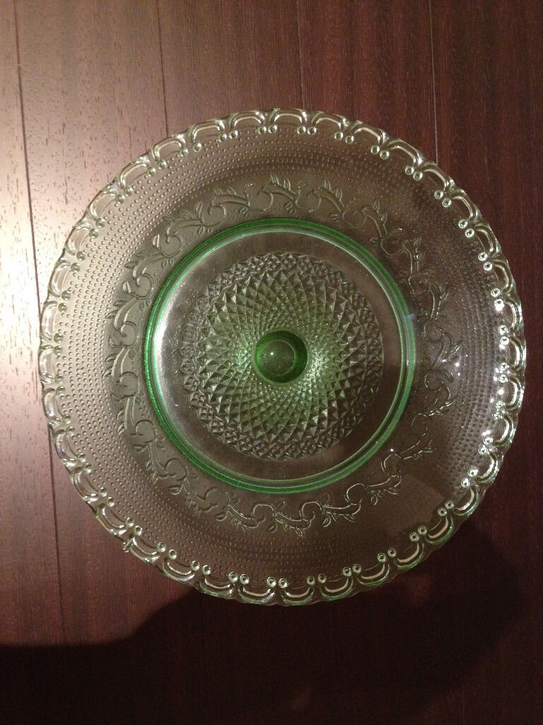 Ornate Heavyweight Fruit Bowl/Cakestand