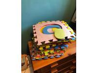 Kids alphabet foam mat