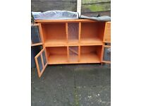 RABBIT HUTCH CADISHEAD