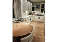 Awesome flat in Earlsfiled for 2 week let - 3 June to 17 June - all bills included. £400 per week.